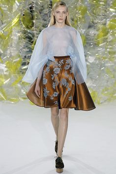 Delpzo FW 16/17 review and pictures on Luuk Magazine!  http://www.luukmagazine.com/sfilate/delpozo-3/