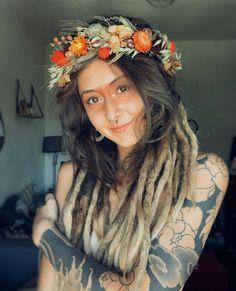 Hippie Dreads, Dreadlocks Girl, Hippie Hair, Hippie Chick, Hippie Style, Dreadlock Hairstyles, Boho Hairstyles, Dreads Styles, Hair Styles