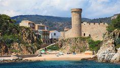 Tossa de Mar. Romantische Strandfestung. http://www.ferienwohnungen-spanien.de/Spanien/artikel/10-grandiose-spanische-burgen?preview=635159833433658441