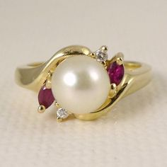 Beautifully Made 14K Yellow Gold Cultured Pearl, Ruby, and Diamond Ring.