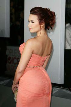 """estoy demasiado buena marico""    Demi Lovato"