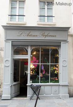 I love L'Artisan Parfumeur in Marais