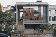 The Collage House is a gorgeous upcycled house in Mumbai. Designed by S+SP Architects, the house cleverly reuses old windows and doors as building materials Old Doors, Windows And Doors, Recycled Door, Recycled Materials, Recycled House, Reclaimed Windows, Wooden Columns, Architecture Résidentielle, Collage