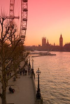 London's photo of the day at Hammersmith Apartment  Big Ben and London Eye (Alan Copson © 2008)