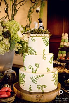 Ferns on another cake variation