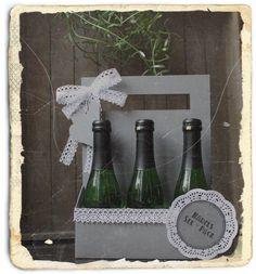 DIY Idee die ich gleich umsetzten musste :-) Verpackung für Piccoloflaschen  Tja liebe Männer nicht nur ihr habt euer Sixpack ;-) Wine Rack, Packing, Bottle, Home Decor, 6 Packs, Packaging, Love, Gifts, Bag Packaging