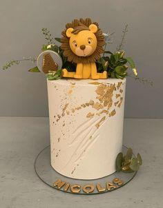 Lion Birthday Cakes, Lion Birthday Party, Boys First Birthday Cake, Jungle Theme Cakes, Safari Cakes, Lion Baby Shower, Lion Cakes, Baby Boy Cakes, Lucca