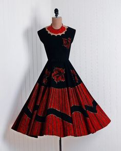 Cocktail Dress, Pinta-Creaciones: 1950's, Mexican, hand-painted cotton.