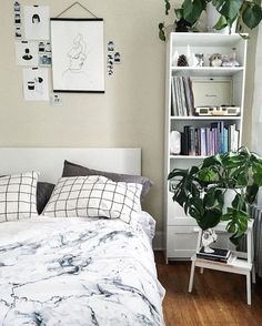 8 Easy And Cheap Ideas: Urban Fashion Summer Women urban wear streetwear hip hop.Urban Fashion Casual Sneakers urban cloth for men.Urban Wear Summer Casual.. Simple Bedroom Decor, Bedroom Ideas, My New Room, House Rooms, Home Bedroom, Bedrooms, Interiores Design, Layout, House Design