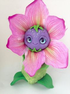 FANTASY pluche SCHEPSEL Pinky bloem schepsel Ooak Fantasy schepsel Pop Art Sculpture Ooak Pop Art Fantasy sculptuur Cute Toy Ooak