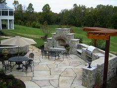 outdoor kitchen/hang out