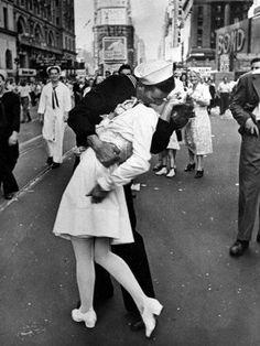 키스 Kiss by ALFRED EISENSTAEDT