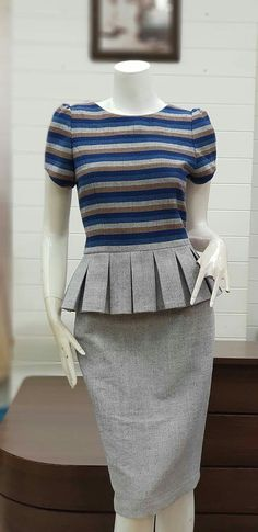 Simple Dresses, Pretty Dresses, Dresses For Work, Traditional Fashion, Traditional Dresses, Modest Fashion, Fashion Outfits, Womens Fashion, Stylish Outfits