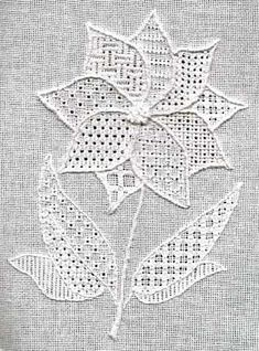 Blackwork Journey - designs by Elizabeth Almond - Pulled Thread Flower - GBPPulled Thread Flower- lli blanc Cashel 28 fils/cm -- DMC blanc by Elizabeth Almond.Pulled Thread Flower - this is a creative way to use pulled thread stitches. Also, tracing Blackwork Embroidery, Types Of Embroidery, White Embroidery, Ribbon Embroidery, Cross Stitch Embroidery, Embroidery Patterns, Sewing Crafts, Sewing Projects, Broderie Simple
