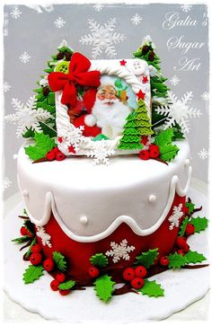 Small Christmas Cakes - by Galia Hristova @ CakesDecor.com - cake decorating website