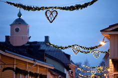 Christmas lights in Välikatu street, Old Porvoo Finland Christmas Town, Winter Christmas, Christmas Lights, Merry Christmas, Helsinki, Landscape, Street, Places, Nature