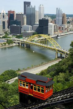 The Duquesne Incline, with view of downtown Pittsburgh, USA - one of the best cities! Pittsburgh City, Pittsburgh Steelers, The Places Youll Go, Great Places, Places To See, Amazing Places, Beautiful World, Beautiful Places, Trains