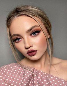 Elegant & Famous Makeup Looks to Get Amazing Style Flawless Makeup, Eye Makeup, Hair Makeup, Nail Piercing, Piercings, Unique Makeup, Winter Makeup, Natural Makeup Looks, About Hair