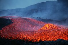 Boulder Rolling in Lava Flow during Eruption of Mount Etna Volcano  #etna   #sicilia #sicily  #etnavolcano