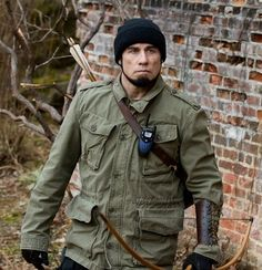 John Travolta Killing Season Hoodie Coat  	John Travolta is one of those actors who has been around for a long time and yet is still somehow able to surprise and intrigue fans. His performance in Killing Season is a prime example of this and that rugged, attractive coat he wore while in charact