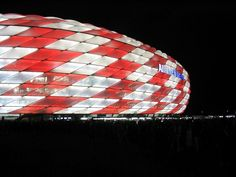 beleuchtetes Stadion     #Europe's football clubs