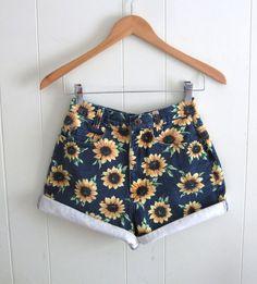 "Vtg 90s Floral Sunflower High Waisted Denim Shorts Mom Jean Rolled Cotton 24"""