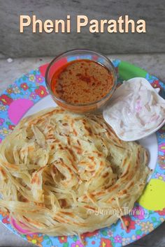 Such a flaky pheni paratha which is crispy and flaky at the same time. This paratha is super easy to make and taste delicious with raita and chicken curry. Veg Recipes, Indian Food Recipes, Vegetarian Recipes, Chicken Recipes, Snack Recipes, Cooking Recipes, Recipies, Dishes Recipes, Pizza Recipes