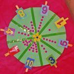 """337 Likes, 8 Comments - Cantinho Pedagógico da Sil (@cantinho_pedagogico_da_sil) on Instagram: """"Número e quantidade. Materiais: plaquinha de papelão, tampinhas de caixa de leite, cola quente,…"""""""