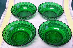 Vintage Anchor Hocking Fire King Forest Green Bubble Glass Cereal Bowl Set of 4 Antique Dishes, Antique Glass, Green Bubble, Different Shades Of Green, Glass Kitchen, Wood Bowls, Anchor Hocking, Cereal Bowls, Carnival Glass