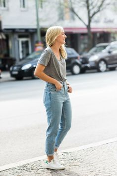 I absolutely fell in love with mom jeans! via A LOVE IS BLIND