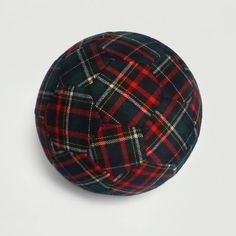 An indoor soccer ball in tartan! ( Mine is the el-cheapo ikea version. Fabric Balls, Soccer Inspiration, Soccer Outfits, Tartan Kilt, Football Gear, Indoor Soccer, Textiles, Soccer Ball, Gingham