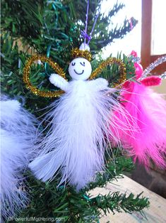 Cute and easy! Great Christmas craft for kids.  #kidmadeornaments
