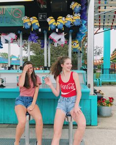 amusement park with my best friend! my pic! Park Pictures, Bff Pictures, Summer Pictures, Artsy Photos, Cute Photos, Best Friend Goals, My Best Friend, Tumblr Bff, Best Friend Pictures