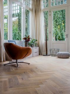 Ikea Kura, Ikea Hack, Home Living Room, New Homes, Windows, Flooring, Interior, House, Home Decor