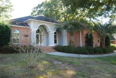 108 Boosketuh Circle, Daphne, AL 26526 $225,000 3 Beds 2 Baths 2,800 sq ft LOOKING FOR A GREAT LOCATION CLOSE TO I-10 WITH PLENTY OF SPACE FOR EVERYONE? VISIT THIS NICE MAINTAINED HOME OVERLOOKING THE 15TH FAIRWAY OF LAKE FOREST GOLF COURSE. RELAX ON THE BACK PORCH OR ENJOY THE VIEWS FROM THE FLORIDA ROOM. IF YOU ARE AN ENTERTAINER YOU WILL LOVE THE OPEN SPLIT BEDROOM PLAN! FRESHLY PAINTED AND READY FOR YOU!