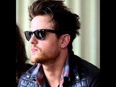 Jared Followill (Hot Pictures) Broken Social Scene, Cool Pictures, Mens Sunglasses, Band, Hot, Style, Fashion, Swag, Moda