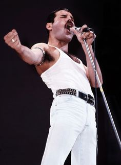 1985 – Live Aid July 13th 1985, was a day that went down in history as the Live Aid Global Jukebox took the world by storm from London's vast Wembley Stadium and from Philadelphia in