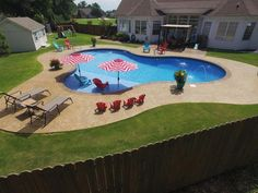 Having a pool sounds awesome especially if you are working with the best backyard pool landscaping ideas there is. How you design a proper backyard with a pool matters. Inground Pool Designs, Vinyl Pools Inground, Swimming Pool Designs, Small Inground Pool, Pool Spa, My Pool, Gunite Swimming Pool, Swimming Pools Backyard, Backyard Pool Landscaping