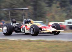 #10 Graham Hill (GB) - Lotus 49B (Ford Cosworth V8) 2 (3) Gold Leaf Team Lotus