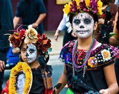 Comparación entre el Día de los Muertos y Halloween: diferentes formas de rendir culto a la muerte - Batanga