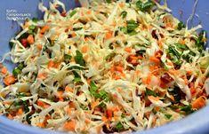 Απλή λαχανοσαλάτα σκέτη ή με σάλτσα γιαουρτιού - cretangastronomy.gr Cabbage, Recipies, Food And Drink, Vegetables, Ethnic Recipes, Diy, Crafts, Recipes, Manualidades