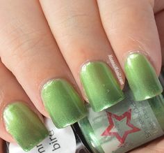 Brand: Shinespark // Collection: The Light, The Heat (2015) // Color: Hummingbird // Blog: Manna's Manis