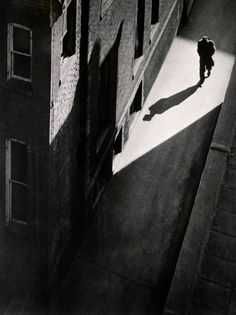 Untitled, 1953 by José Oiticica Filho (actually this is a photo) Bw Photography, Monochrome Photography, Black And White Photography, Street Photography, Ombres Portées, Style Noir, Photo D Art, Shadow Play, Abstract Photography