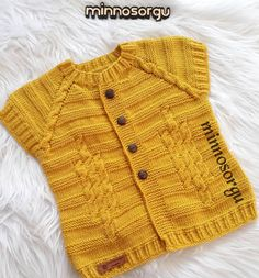 Baby Girl Cardigans, Baby Sweaters, Knitting For Kids, Baby Knitting Patterns, Afro Braids, Baby Vest, Pioneer Woman, Knit Crochet, Womens Fashion