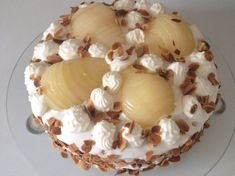 Poirier, gâteau aux poires et à la mascarpone Bakery Recipes, Dessert Recipes, Mousse Mascarpone, Pastry And Bakery, Crepes, Camembert Cheese, Food And Drink, Veggies, Ice Cream