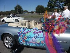 What Do You Think Of When Hear The Word Homecoming About Parades Pretty Cars With Even Prettier Girls Fluffing Flowers Clas