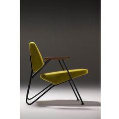 Oh mon beau fauteuil, toi qui me fais de l'oeil. Avec toi je passerais des heures. ❤️ Celui-ci a l'ai très confortable. Vous voulez votre fauteuil personnalisé vous aussi ? Rendez-vous sur Lemetalist.fr #LeMetalist, vos #meubles sur-mesure.  #vintage #fauteuil #métal #décoration #vert #metalbois #boismetal   Fauteuil de AndrePerron.tumblr.com