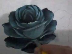 Rosa azul desenhando e pintando - YouTube