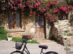 Bike esperando a dona da casa