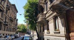 Buongiorno #Milano Quando si dice....avere le spalle coperte... Foto di Rosanna Brigatti #milanodavedere Milano da Vedere